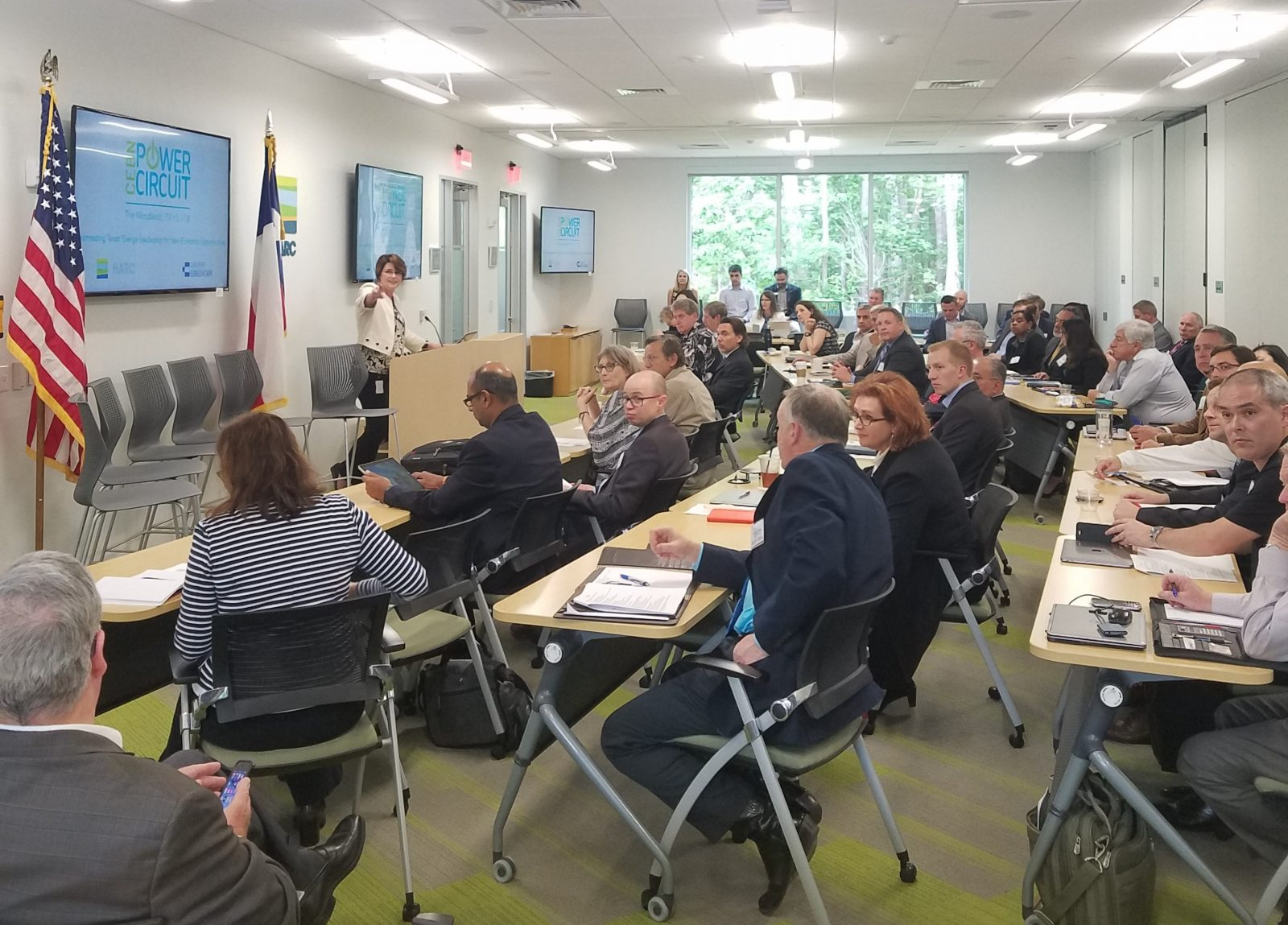 HARC President Lisa Gonzalez kicks off the discussion at the CEBN/HARC clean energy policy and business forum on May 1, 2018.